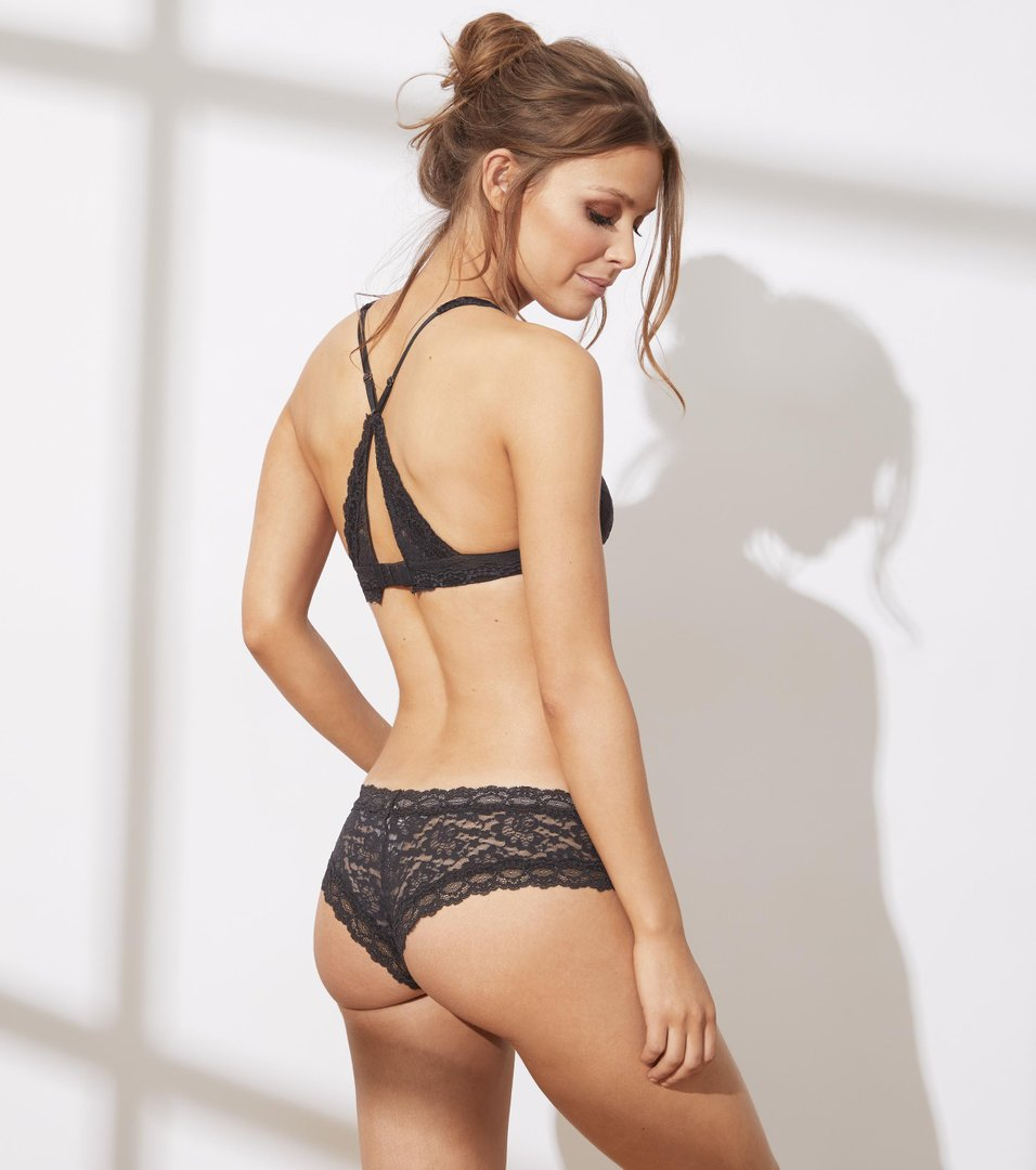 Lace Oddity Hipster