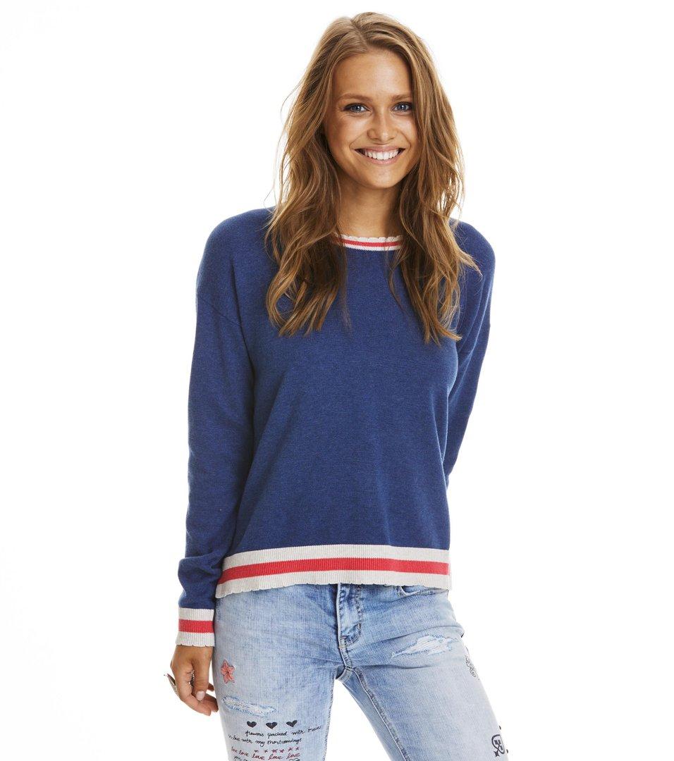 Hoower Sweater